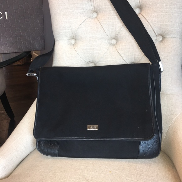 211286457149 Bags | Gucci Messenger Bag | Poshmark